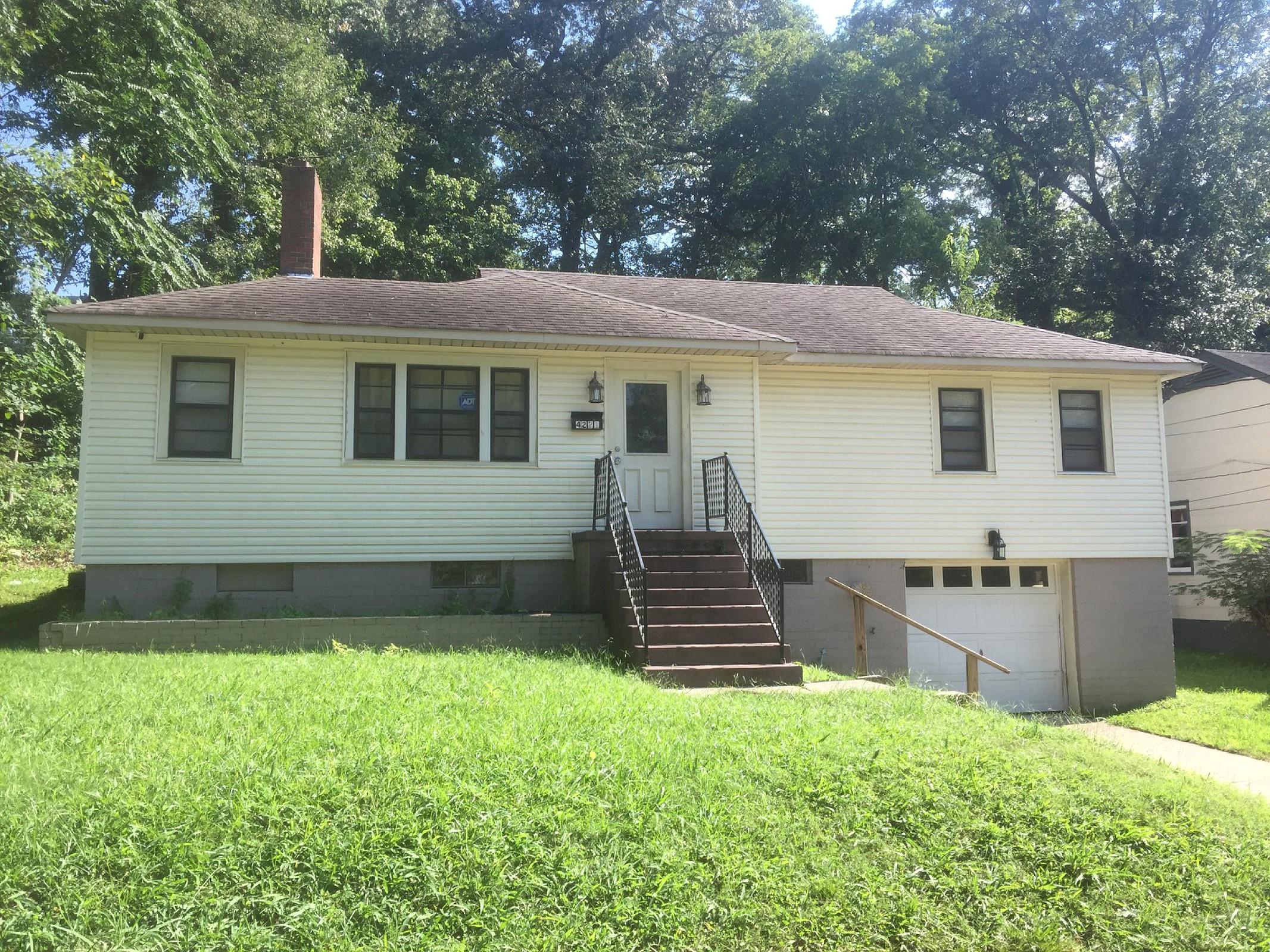 4221 50th Ave N Birmingham, AL 35217